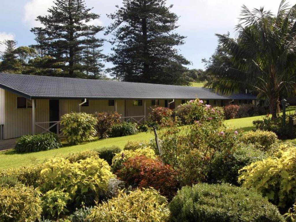 Best Price on The Crest Apartments in Norfolk Island + Reviews!