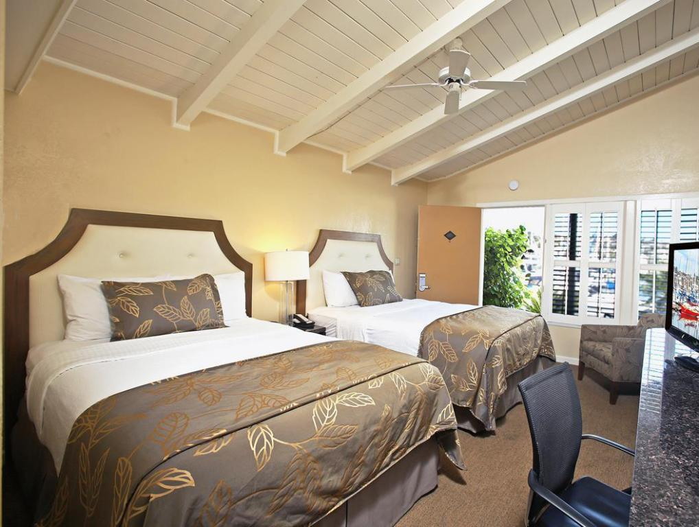 2-Story Marina View Suite with Sofabed and Kitchenette - No Smoking - Guestroom Best Western Plus Island Palms Hotel and Marina