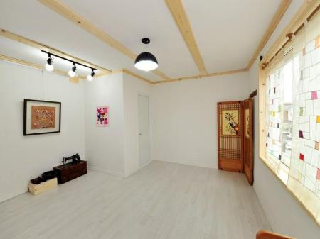 Kamar Tradisional Ondol Korea Scentwood Guesthouse