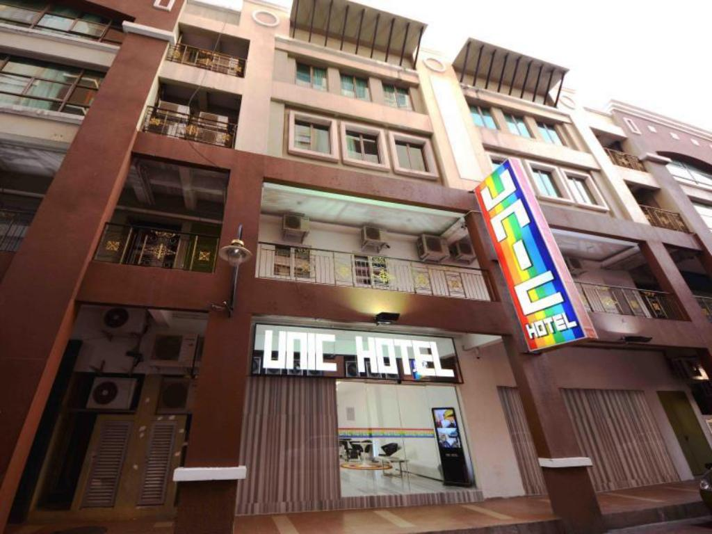 More about Unic Hotel