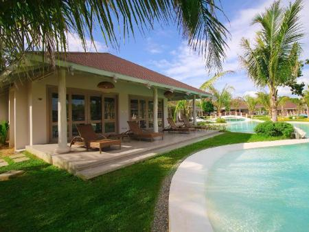 Pool Access Villa Bohol Shores
