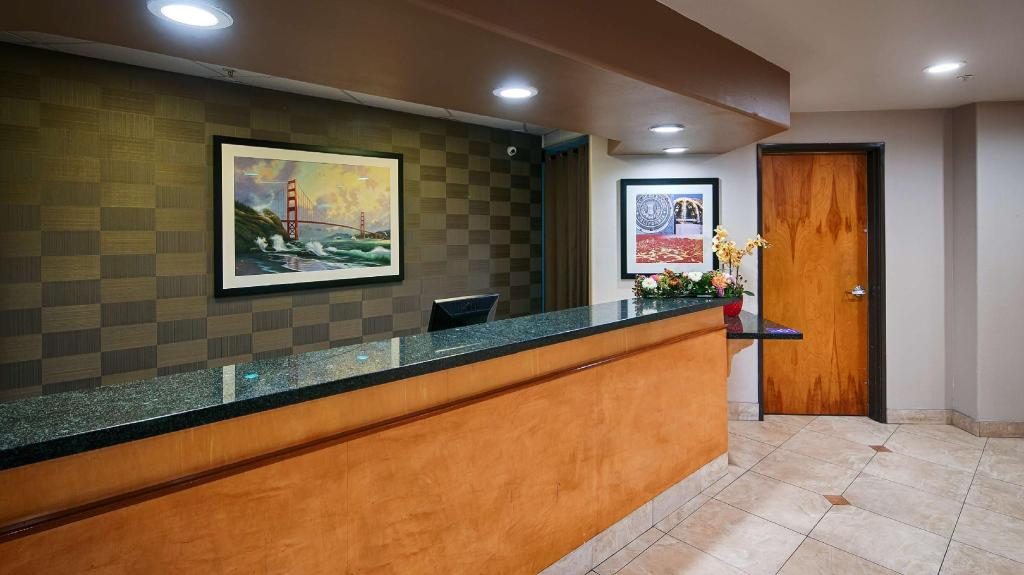 Lobby Best Western Lanai Garden Inn and Suites