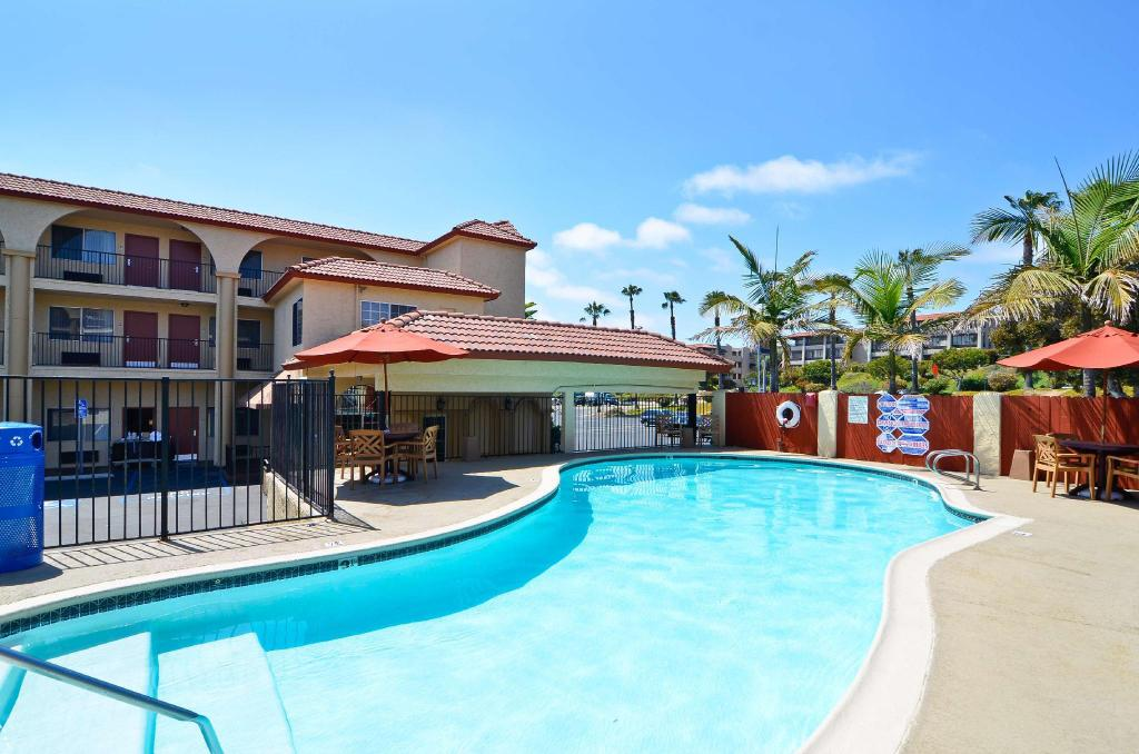 Best western mission bay in san diego ca room deals - Clairemont swimming pool san diego ca ...