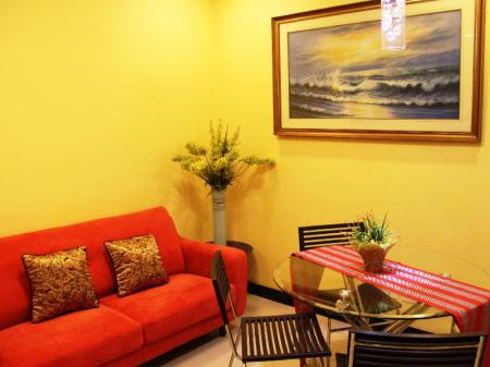 Tampilan interior The Redbloom Suites Bonifacio Global City-BGC