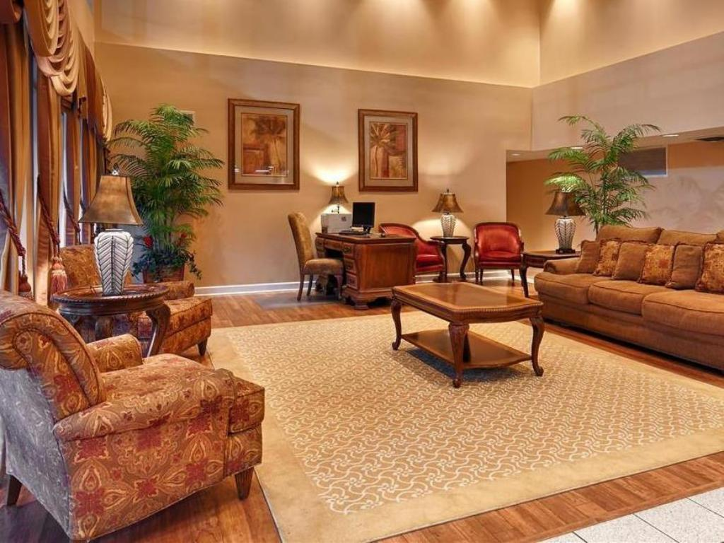 Lobby Best Western Tallahassee-Downtown Inn and Suites
