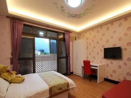 Double Room with shared bathroom room - Guestroom Daxi Victoria Hostel