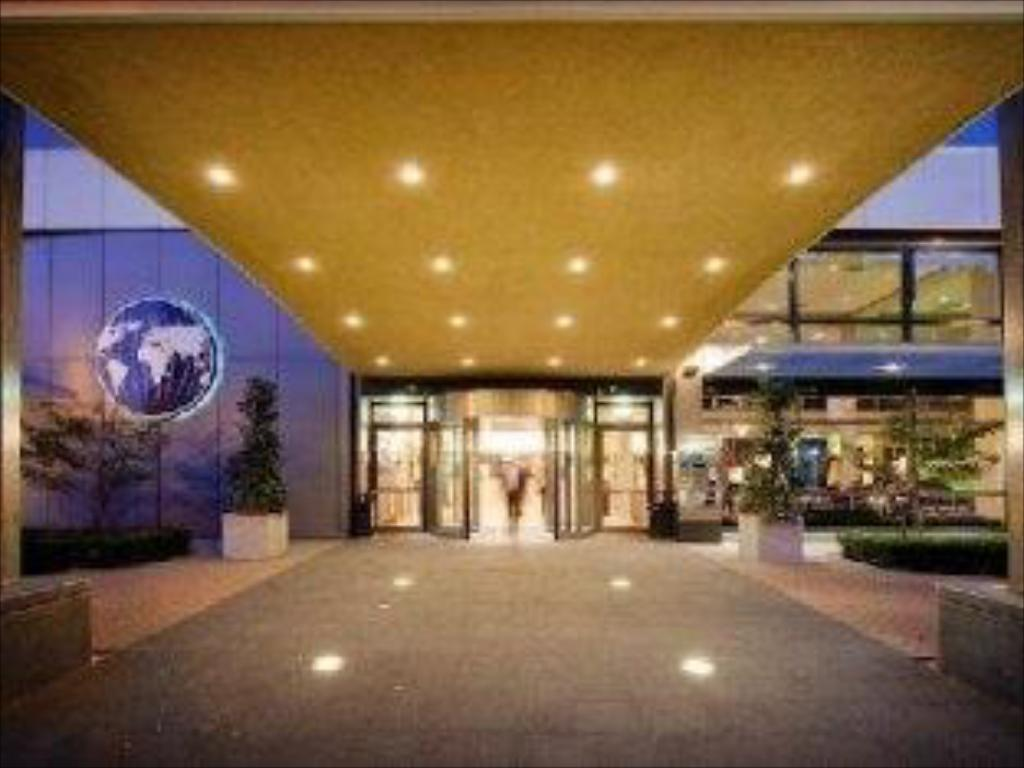 Entrance The Hague Marriott Hotel