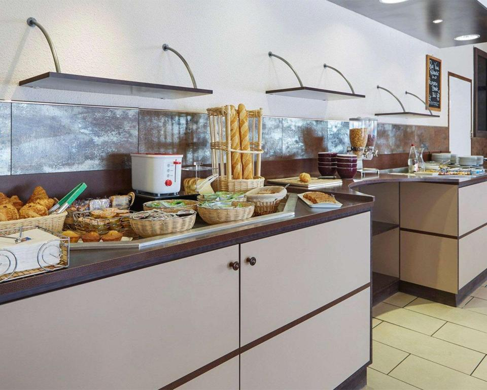 Food and beverages Comfort Hotel Albi