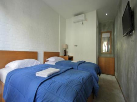 Double or Twin Room with Private Bathroom Pawon Cokelat Guesthouse
