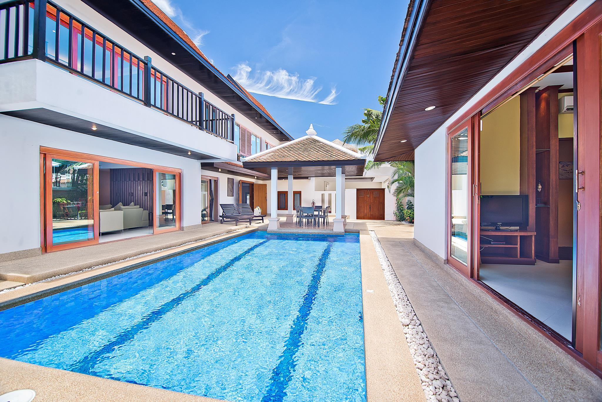 Villa 4 Chambres avec Piscine privée ‒ Na Jomtien 2 (4-Bedroom Villa Na Jomtien 2 with Private Pool)