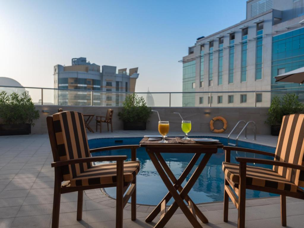 Peldbaseins City Stay Prime Hotel Apartment