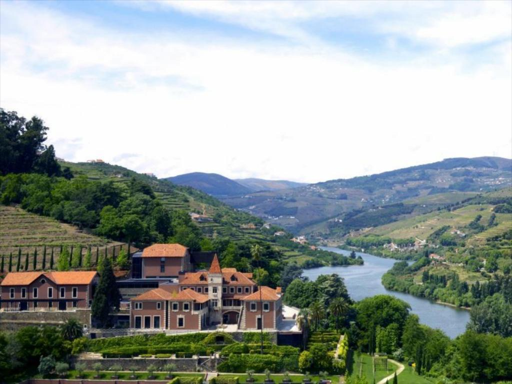 Vista exterior Six Senses Douro Valley