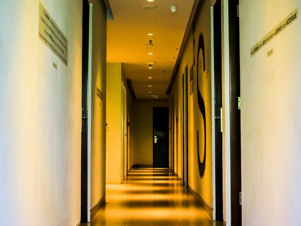 Cleo Hotel Basuki Rahmat Surabaya in Indonesia - Room Deals