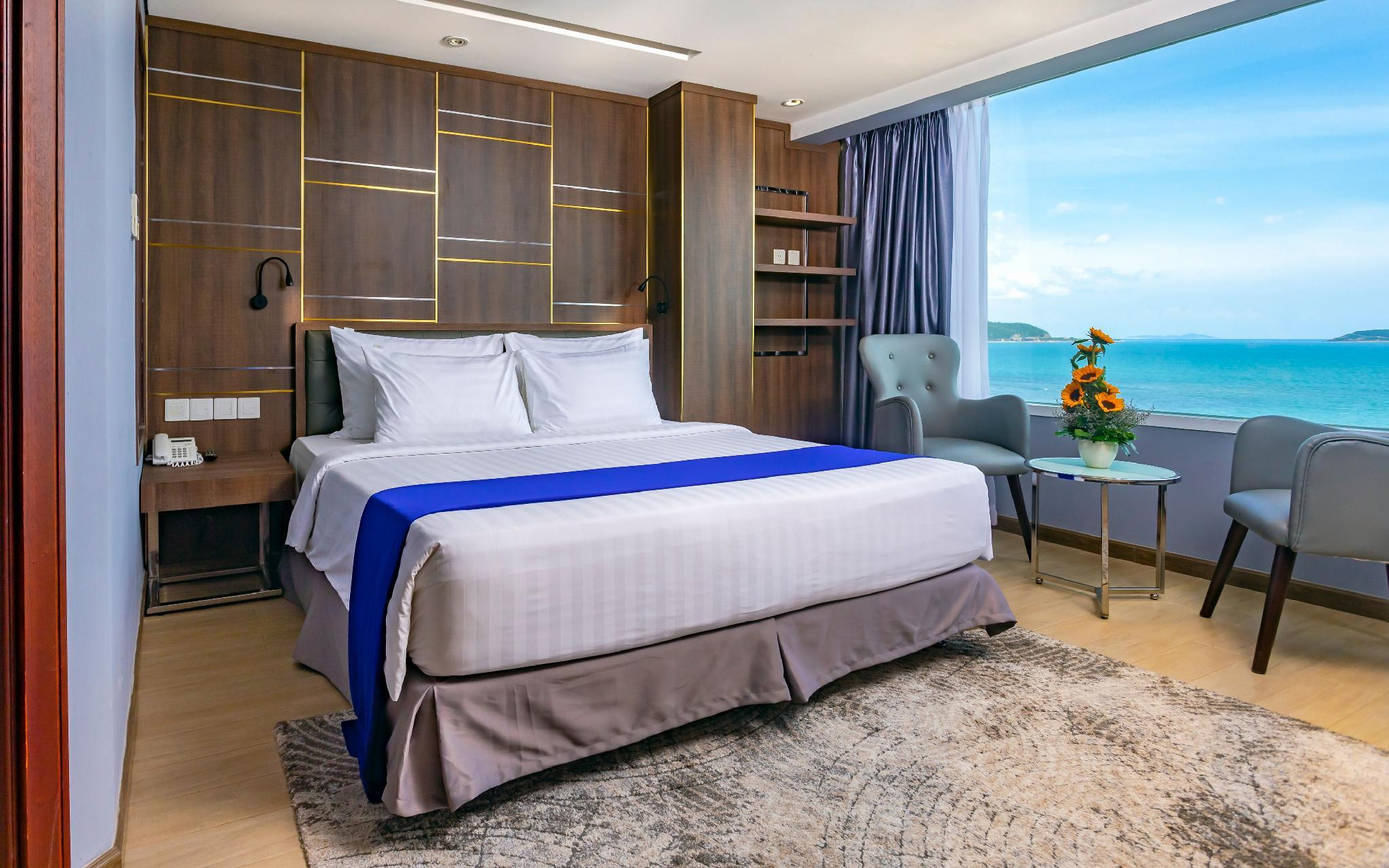 Suite Nhìn Ra Biển (Suite with Sea View)