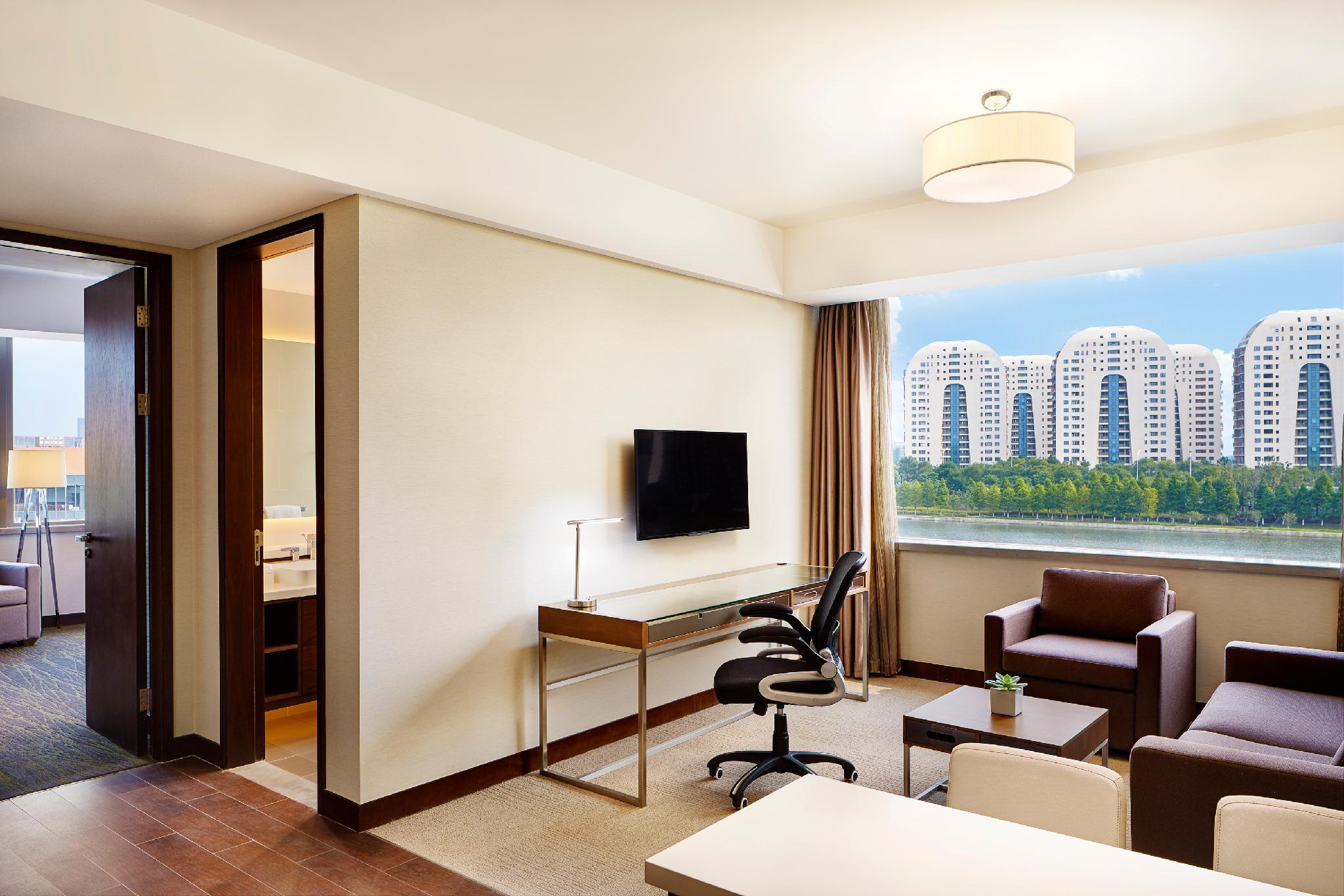 Suite Executive 1 Kamar Tidur dengan Kasur King (Executive Suite, 1 Bedroom Executive Suite, 1 King)