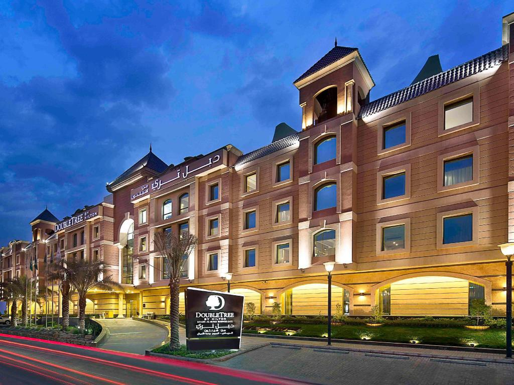 DoubleTree by Hilton Hotel Riyadh-Al Muroj Business Gate