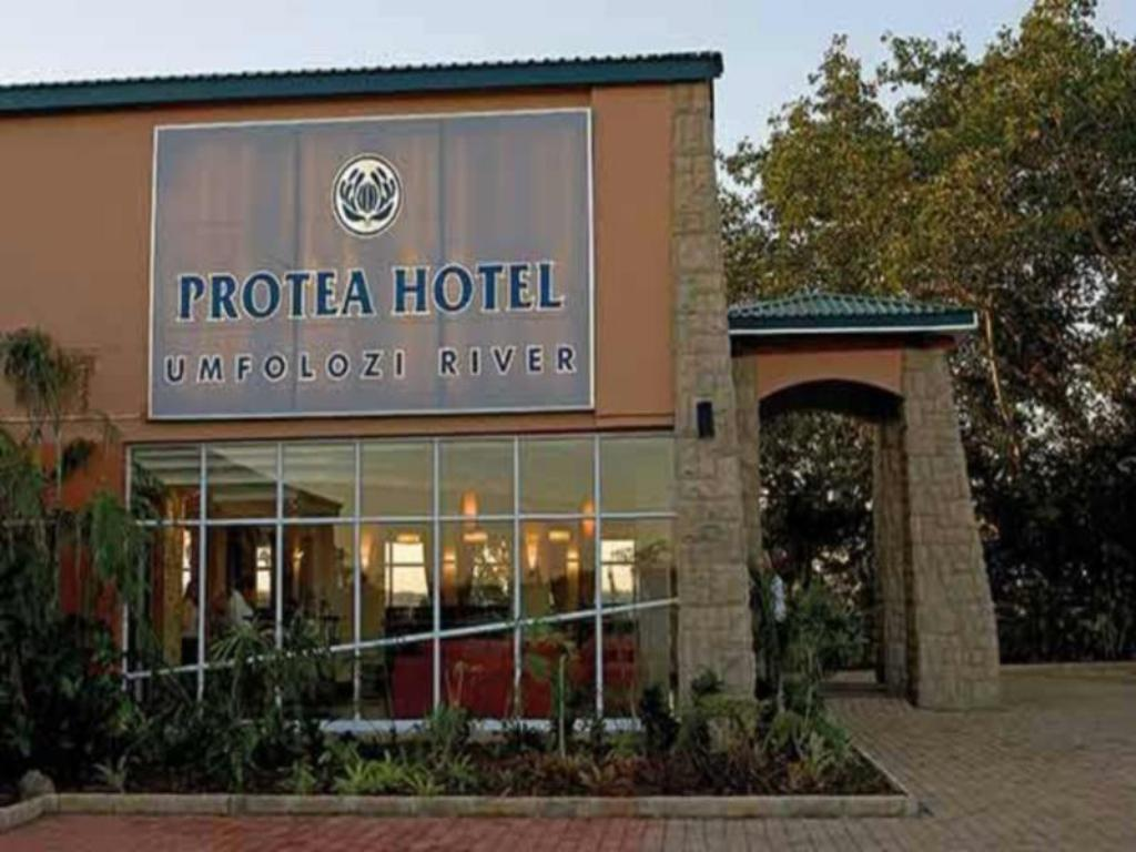 More about Protea Hotel Umfolozi River
