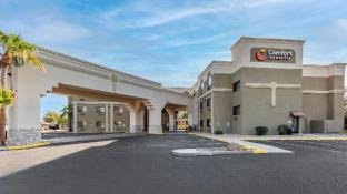 Comfort Inn and Suites Surprise Near Sun City West