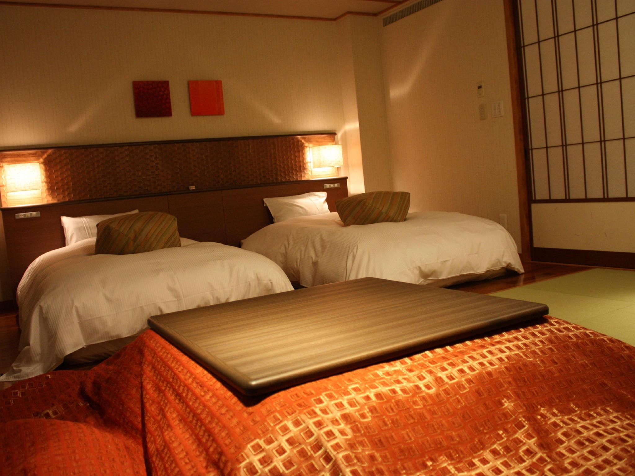 Superior Room with Tatami Floor and Shared Bathroom