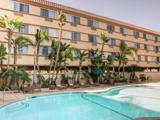 Comfort Inn and Suites San Diego - Zoo SeaWorld Area