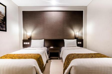 Superior Twin Room - Bed Ayola Tasneem Hotel and Convention