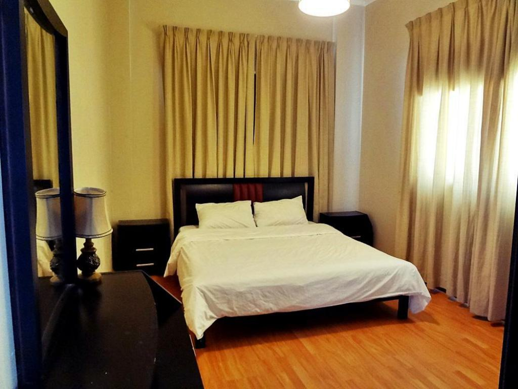 Two Bedroom Apartment - Guestroom Park Plaza Apartments