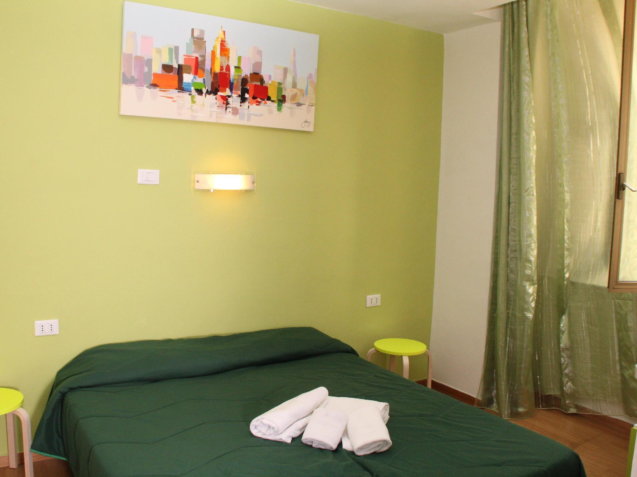 Individual amb bany compartit (Single with Shared Bathroom)