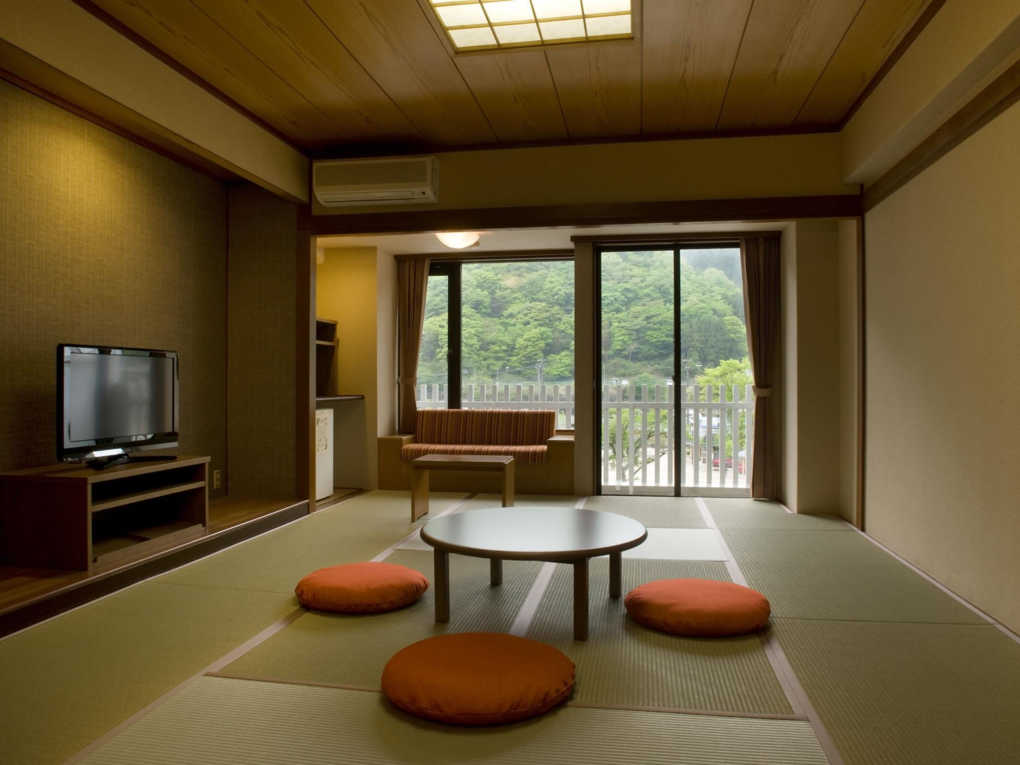 Yuraku Japanese Style Room with 12 Tatami - Non-Smoking
