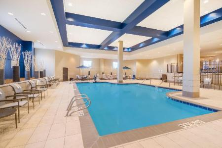 Peldbaseins Holiday Inn - Terre Haute