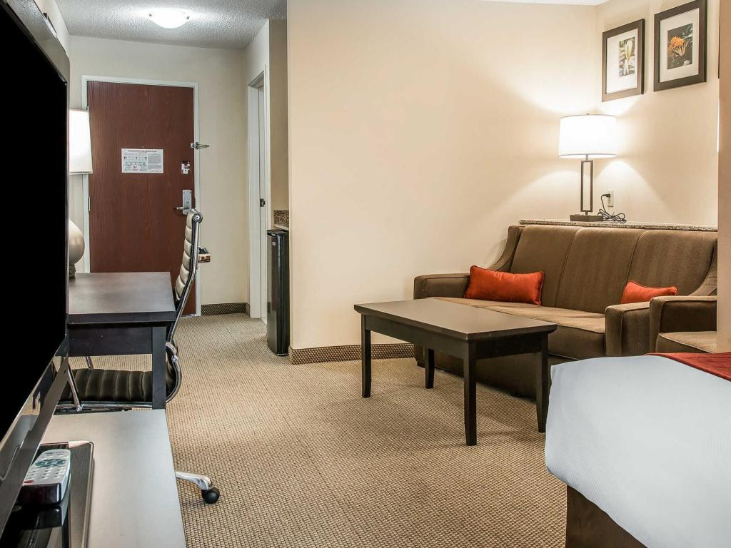 See all 25 photos Comfort Suites South Bend