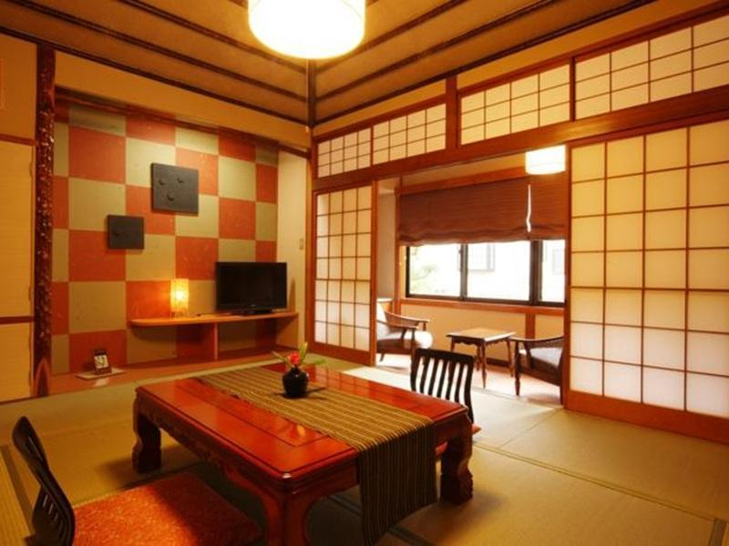 日式客房 - 需共用衛浴 (Japanese Style with Shared Bathroom)