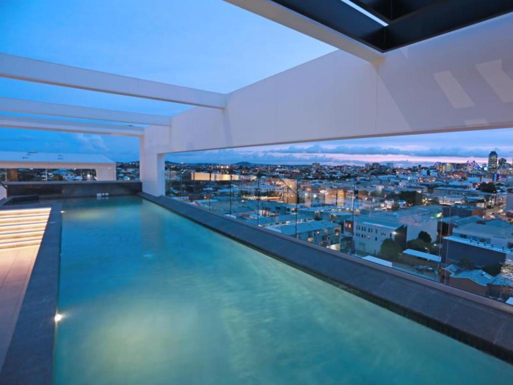 Alex Perry Hotel Apartments Brisbane Ab 69 Agoda Com
