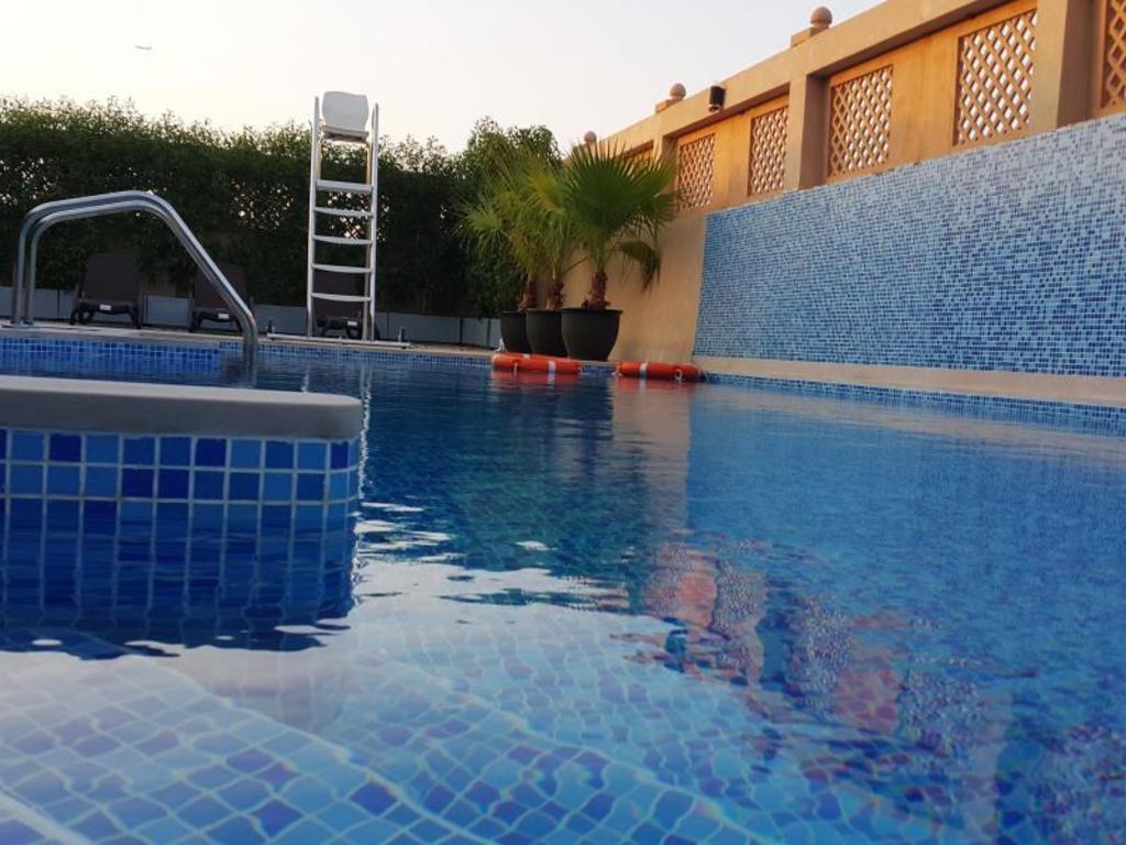 Al Buraq Hotel In Dubai Room Deals Photos Amp Reviews