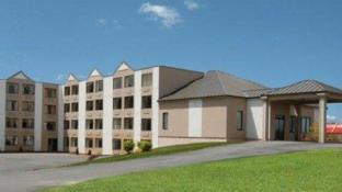 Holiday Inn Express Suites Waterville North