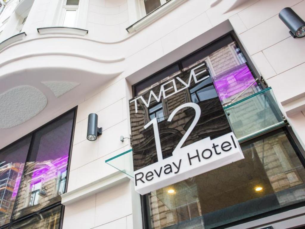 More about 12 Revay Hotel