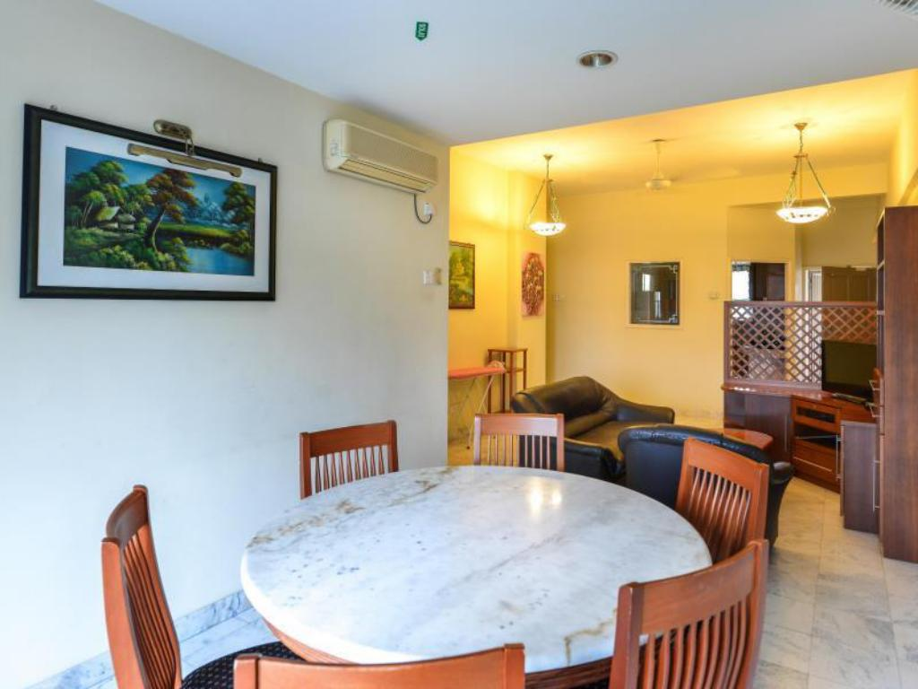 Hotellet indefra Holiday Apartment @Century Suria Service Apartment