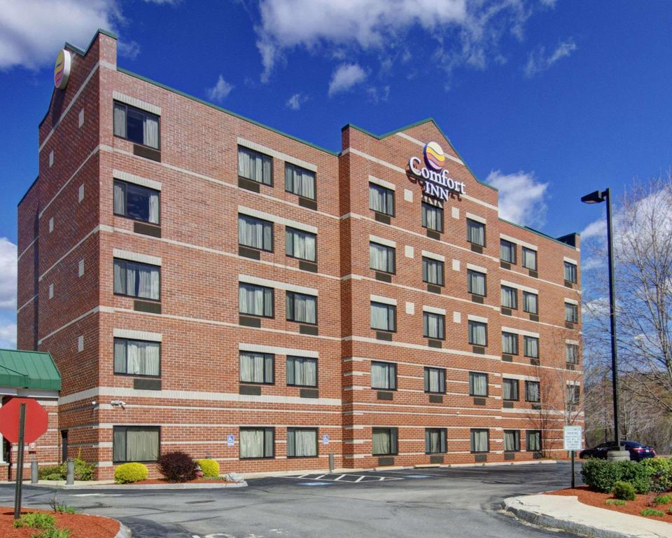More about Comfort Inn Woburn