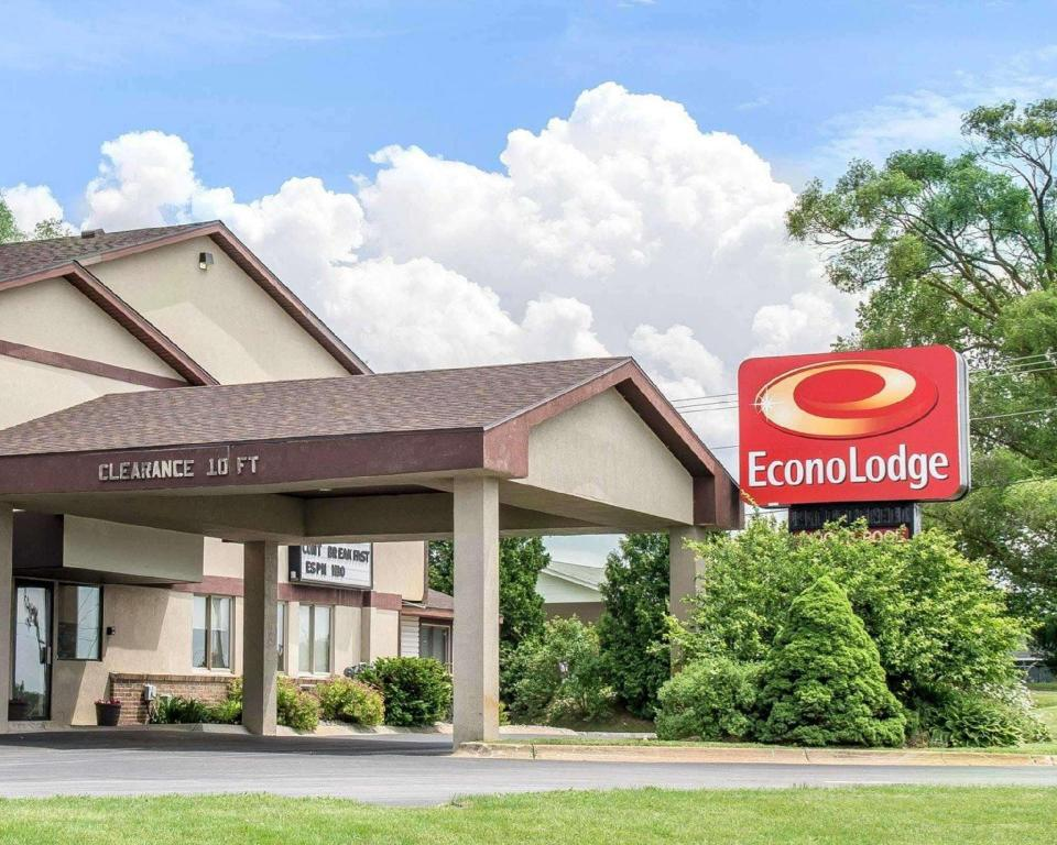 Econo Lodge (Econo Lodge Traverse City)