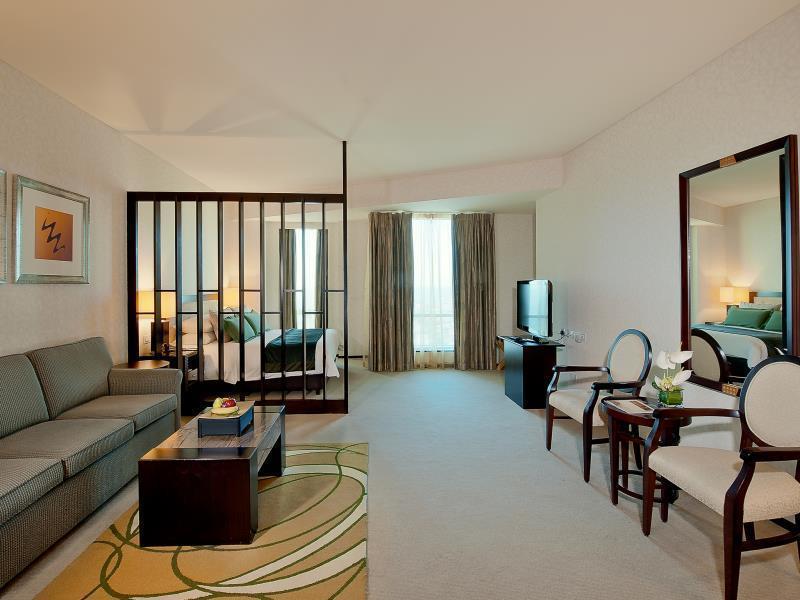 Shangri-La Dubai Apartments Hotel - Deals, Photos & Reviews