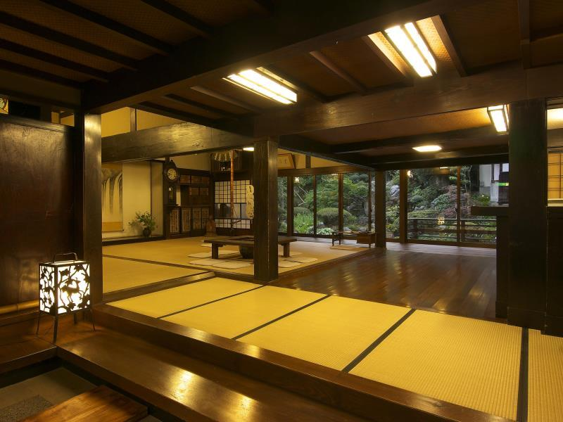 Detached Traditional Cottage with Indoor Hot Spring Bath (Chikutei Wing)