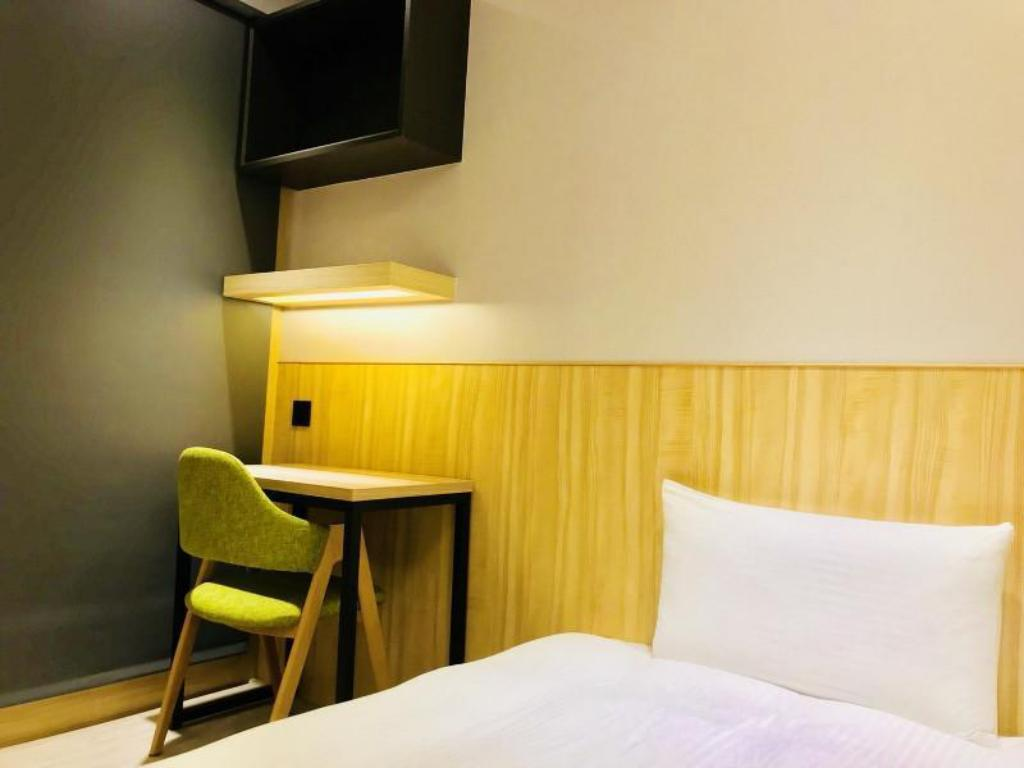 Single Room Shared Bath - Room plan Hub Hotel - Taoyuan Airport/HSR Station