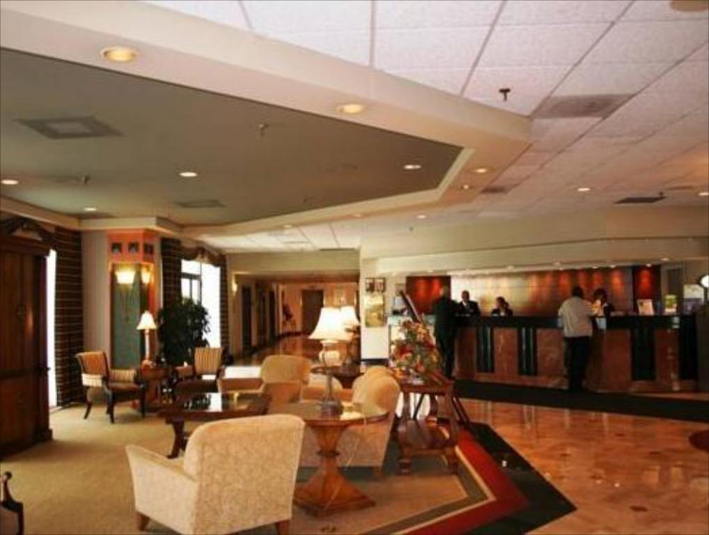 Das Holiday Inn Somerset Bridgewater In Franklin Township Nj Buchen