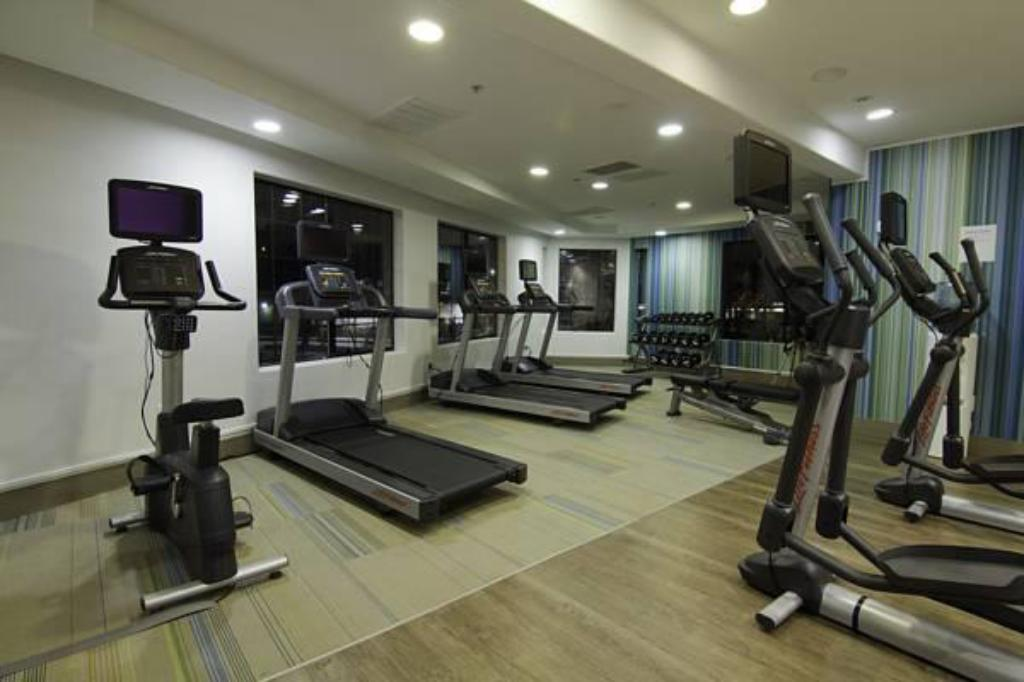 Fitness center Holiday Inn Express Mira Mesa San Diego