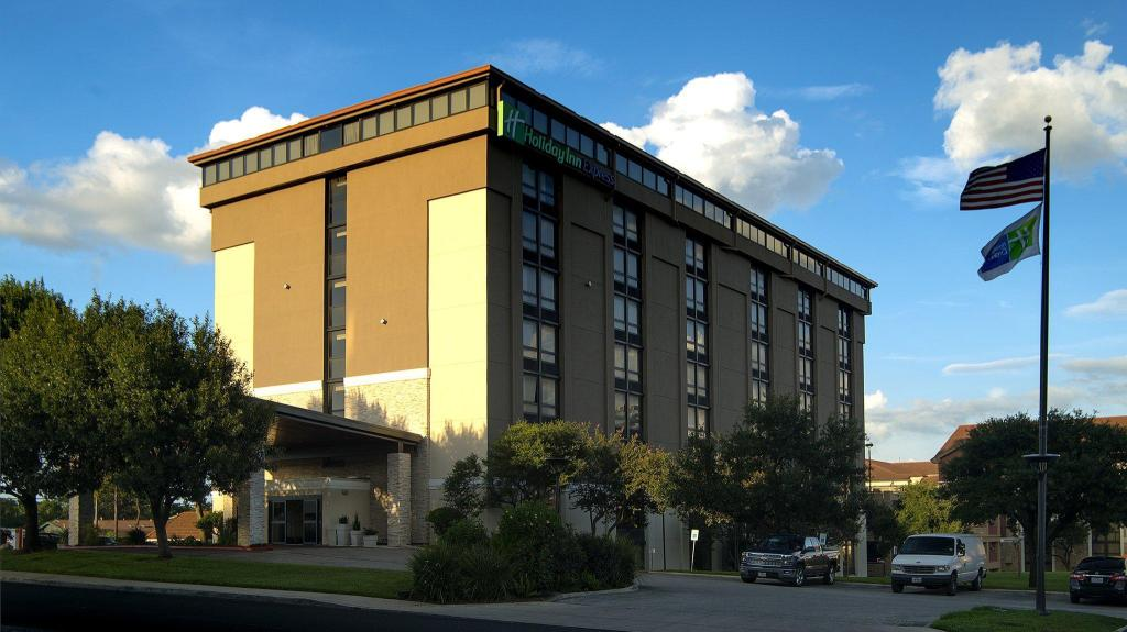 Holiday Inn Express Hotels San Antonio Airport In