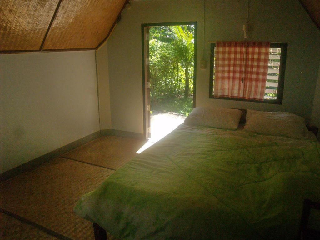 Double Bed Bungalow Malees Nature Lovers Bungalows