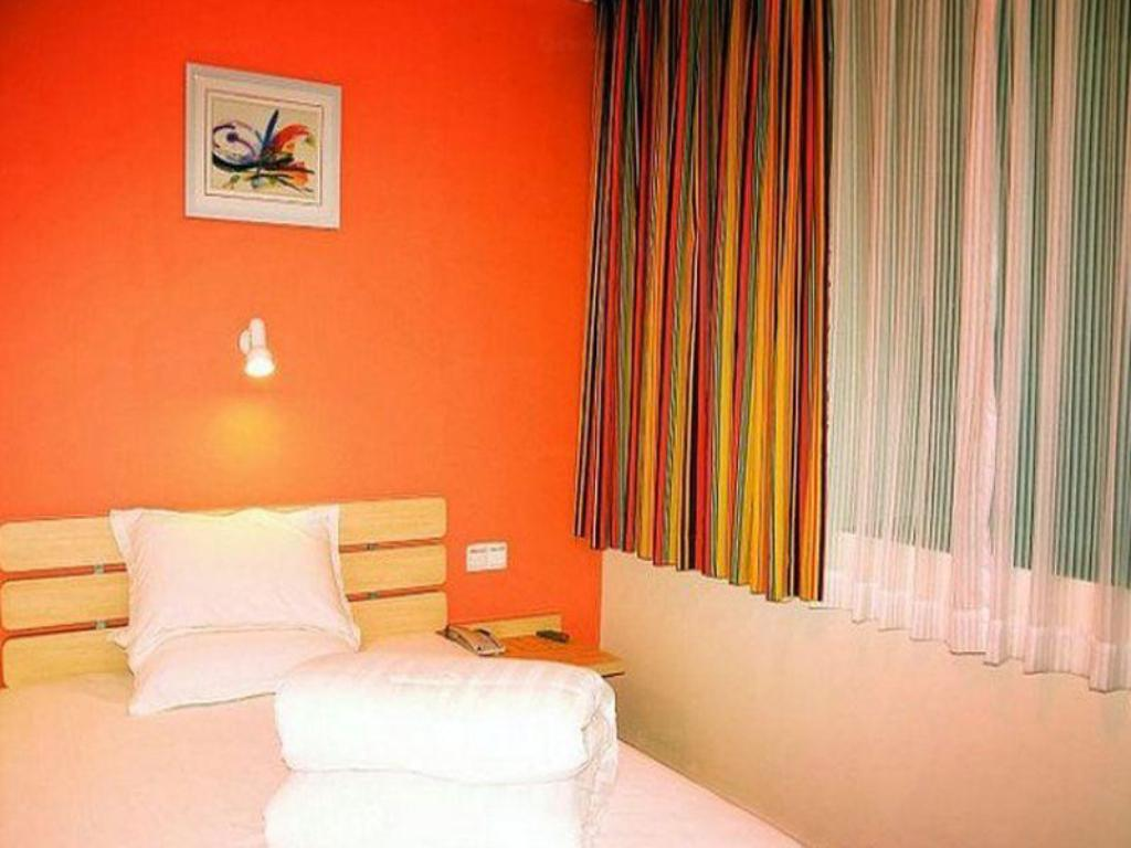 Queen Room - Domestic residents only 7 Days Inn Beijing Miyun Guloudajie District Government Branch