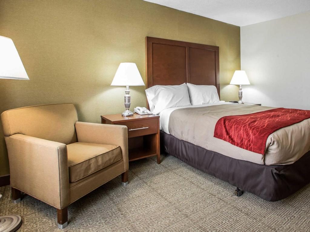 Queen Room - Non-Smoking - Guestroom QUALITY INN MIDWAY AIRPORT