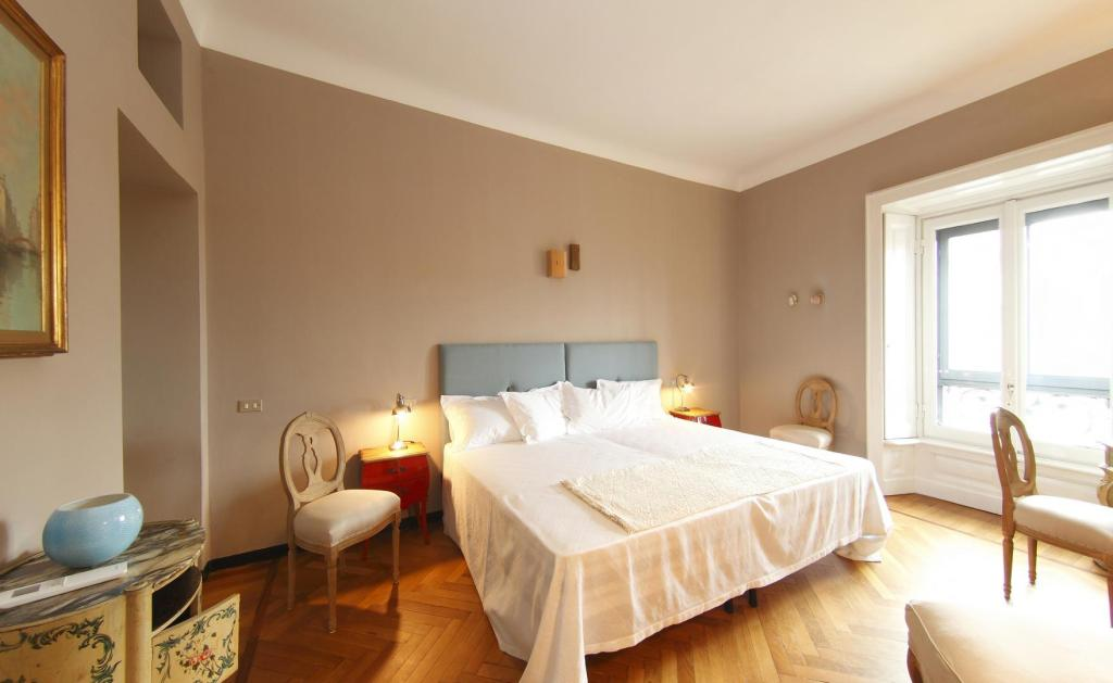 Suite - 1 Bed Room B&B Bonaparte Suites