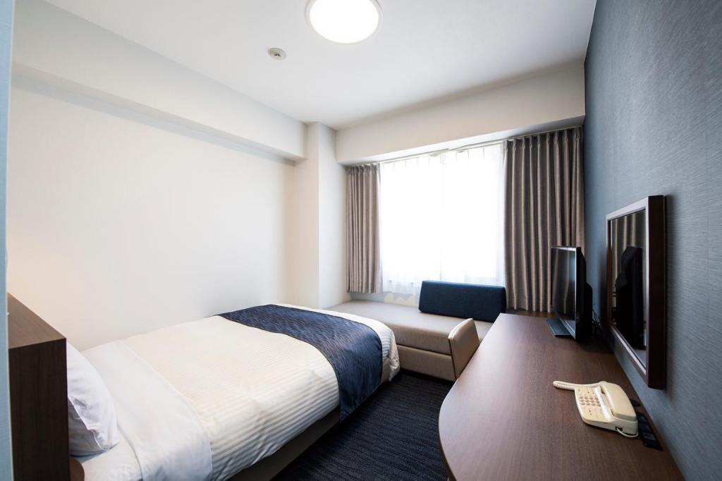 Standard Single Non-Smoking - Bed Hotel Port Plaza Chiba
