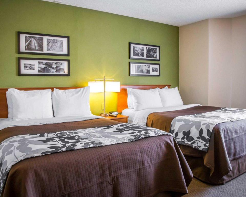 Double with 2 Double Beds - Non-Smoking Sleep Inn Midway Airport Hotel